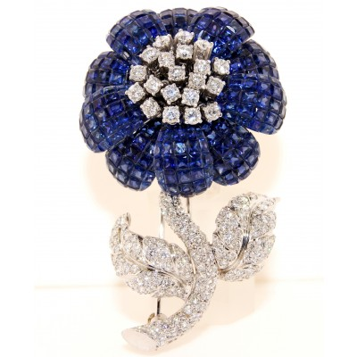 18K White Gold Diamond and Sapphire Flower shaped Pin