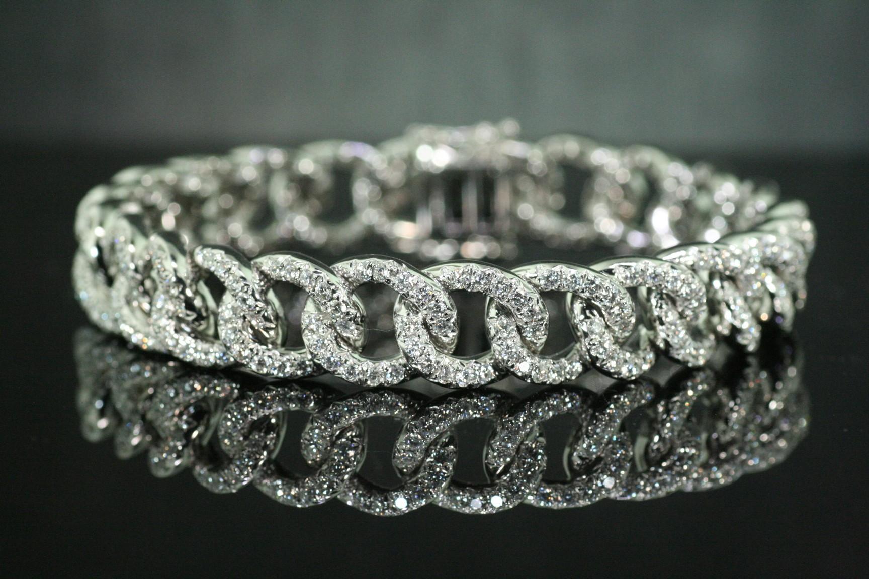 Diamond curb bracelet.