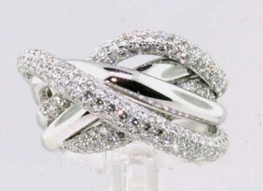 18 karat diamond ring