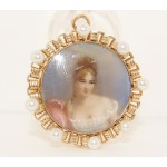 14K Yellow Gold Vintage Cameo with Pearl Pin