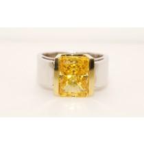 18K two tone Gold Topaz Ring