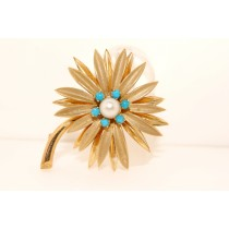 Gold Vintage Flower Pin