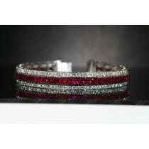 18 karat white gold invisible bracelet.