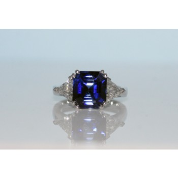 Enerald cut Sapphire and diamond ring